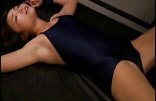 एक सेक्सी फुल मूवी हिंदी वीडियो 18 वर्षीय महिला के लिए मीठा उदासीनता: मालकिन पर खून