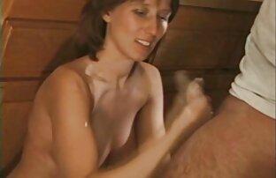 एमेच्योर इंग्लिश सेक्स मूवी फुल मूवी सींग का बना हुआ छेद में जीभ के साथ
