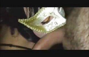 शुरुआत से सभी छेदों में फुल सेक्सी मूवी वीडियो में ब्लश करें