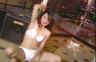 आदमी लेता हिंदी सेक्सी फुल मूवी वीडियो है लड़की को देखने के लिए होटल में