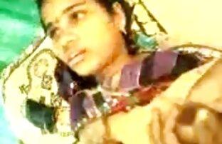 सोफे पर सुंदर युवा बकवास फुल सेक्स हिंदी फिल्म